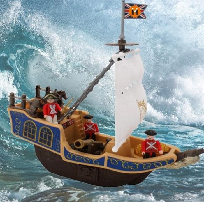 bateau pirate jouet enfant bateau avec personnage. Black Bedroom Furniture Sets. Home Design Ideas