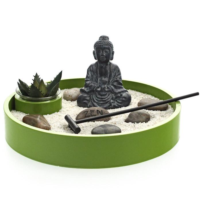 Jardin Zen Rond Bouddha Avec Pierre Zen Porte Bonheur
