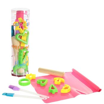 kit de patisserie pour enfant pour faire comme maman et papa. Black Bedroom Furniture Sets. Home Design Ideas