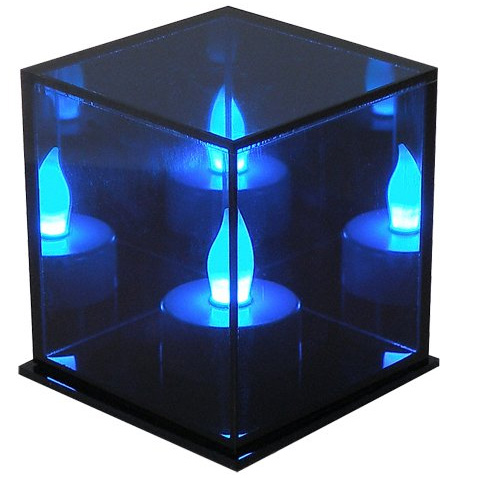 lampe de d coration cube avec bougie led qui change de. Black Bedroom Furniture Sets. Home Design Ideas