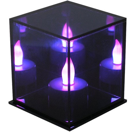 lampe de d coration cube avec bougie led qui change de couleurs. Black Bedroom Furniture Sets. Home Design Ideas