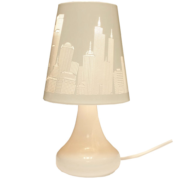 lampe de chevet tactile design 3 intensit s lumineuses new york blanc. Black Bedroom Furniture Sets. Home Design Ideas