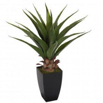 Plante artificielle en pot de la famille du palmier for Plante 70 cm