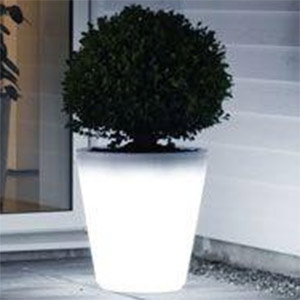 pot de fleur solaire lumineux pour le jardin. Black Bedroom Furniture Sets. Home Design Ideas