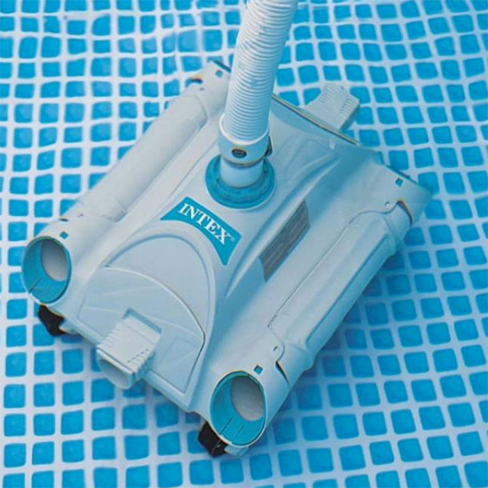 Robot aspirateur piscine perfect robot nettoyeur mx for Robot piscine prise balai