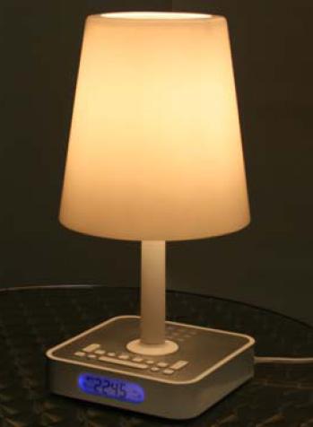 simulateur d 39 aube design avec lampe d 39 aube et radio r veil. Black Bedroom Furniture Sets. Home Design Ideas