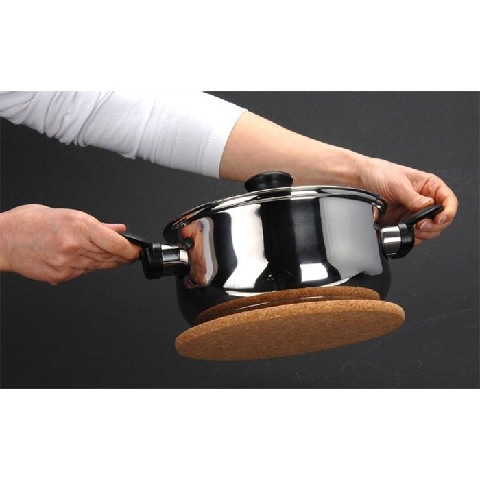 2 dessous de plat magn tiques en li ge pratiques - Dessous de plat en liege ...