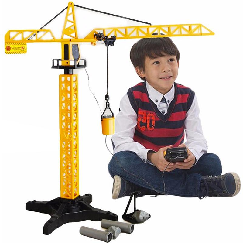 grue rotative de chantier enfant avec t l commande. Black Bedroom Furniture Sets. Home Design Ideas