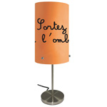 Lampe Orange Sortez de l'ombre