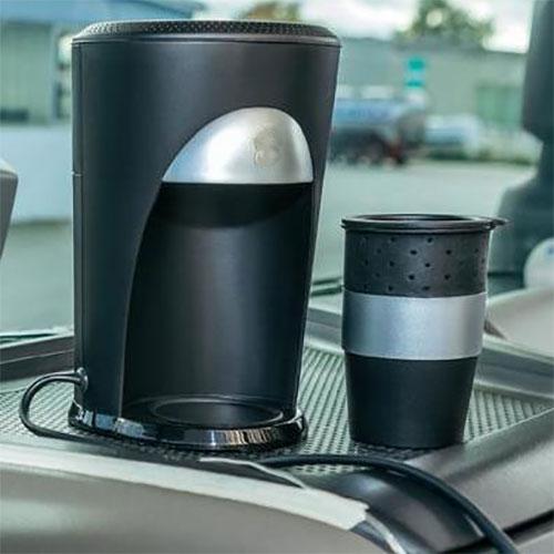 cafeti re de voyage voiture auto 12v pour dosettes de caf. Black Bedroom Furniture Sets. Home Design Ideas