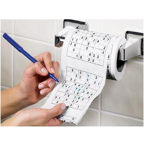 papier toilette sudoku pour se distraire pendant la pause toilettes. Black Bedroom Furniture Sets. Home Design Ideas