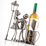 porte bouteille de vin amoureux d coration de table. Black Bedroom Furniture Sets. Home Design Ideas